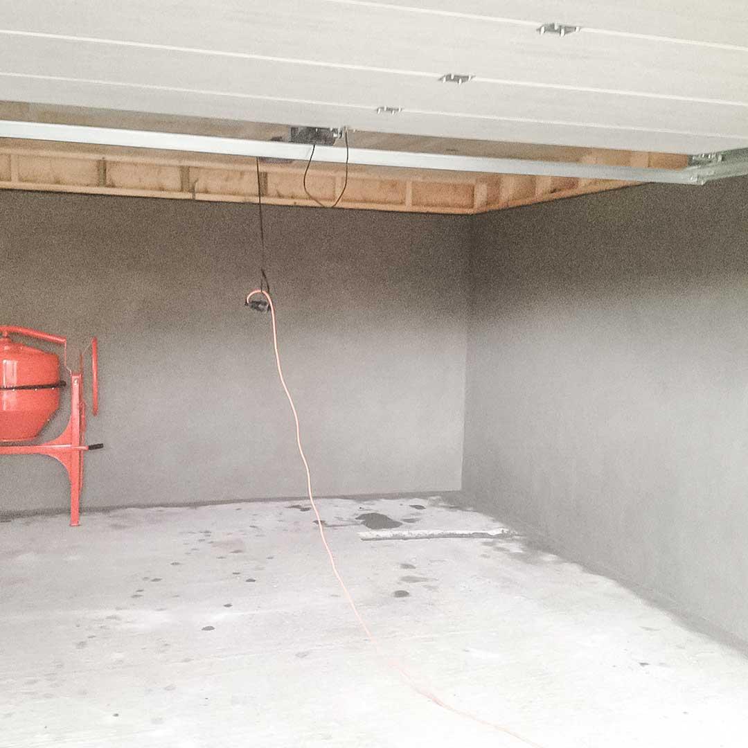 pussing-av-mur-garasje-innvendig-01a